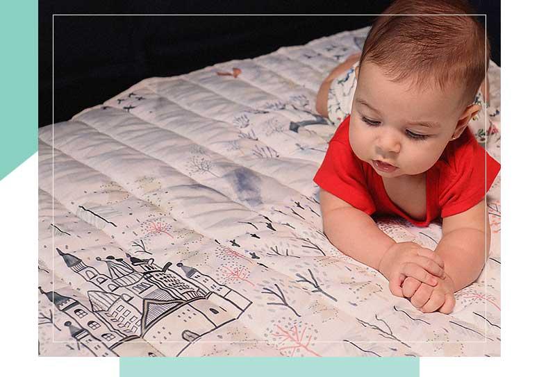 Tapete mesversário e de atividades é no chão que o bebê faz as mais importantes descobertas e começa a conhecer suas habilidades e todas as possibilidades.